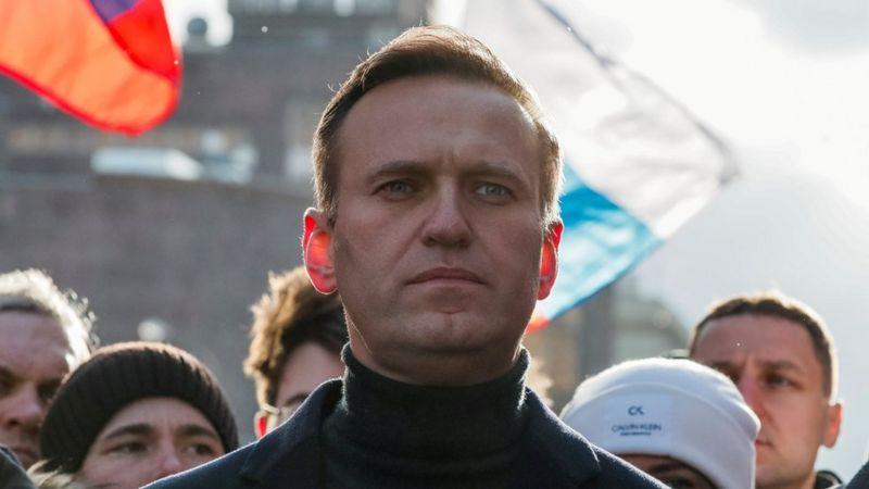 Dy orët që i shpëtuan jetën kritikut të Putin, momentet e vështira mbi qiellin siberian