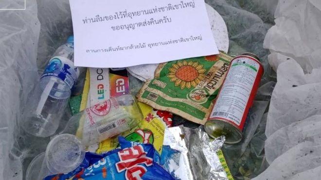 """Tajlanda """"ndëshkon"""" vizitorët, iu dërgon me postë mbeturinat që lënë pas"""