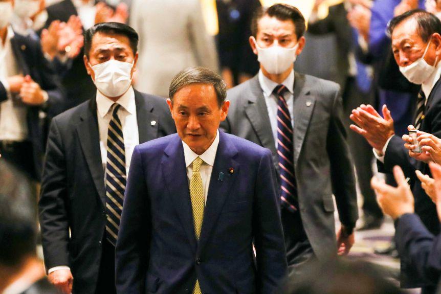 Yoshihide Suga pritet të jetë kryeministri i ri i Japonisë