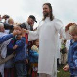 Arrestohet në Rusi personi që pretendonte se ishte Jezusi, rrezikon 12 vite burg