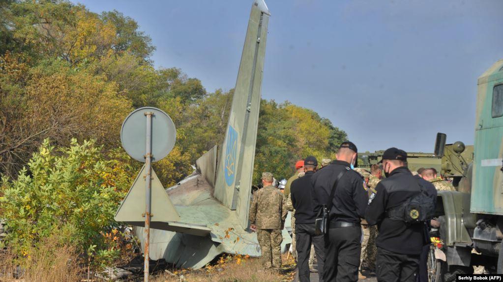 Presidenti ukrainas shpall ditë zie pas rrëzimit të aeroplanit ushtarak