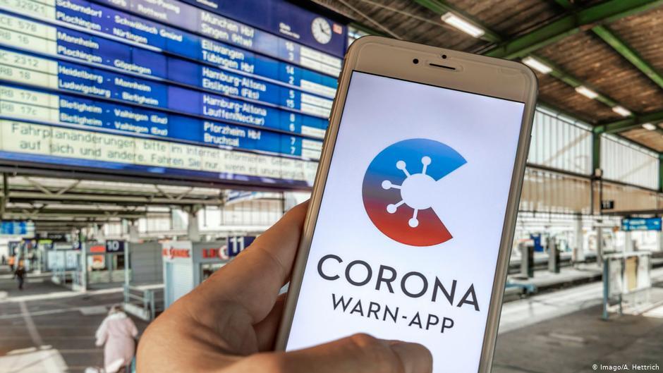 COVID-19/ Britania zhvillon aplikacionin për gjurmimin e kontakteve