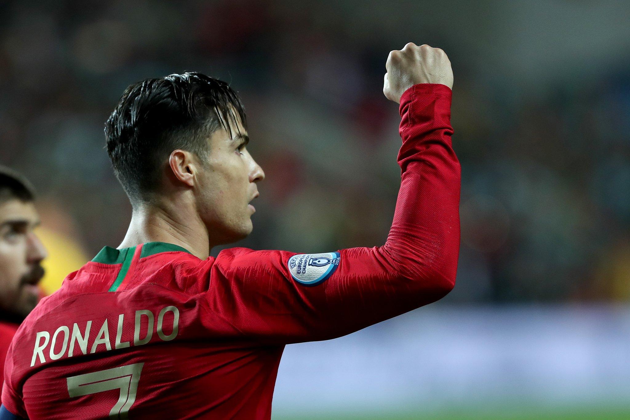 VIDEO/ Ronaldo fantastik, shënon një tjetër supergol për Portugalinë!