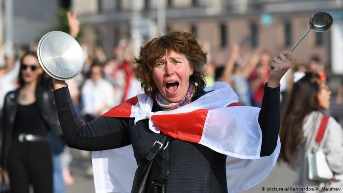 Bjellorusi: Gratë kundër Lukashenkos