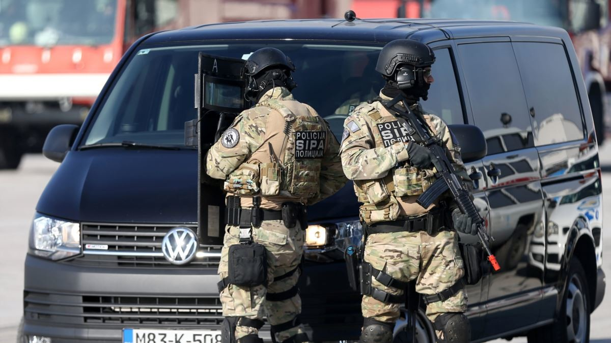 Të akuzuar për krime lufte, arrestohen 9 serbë të Bosnjës