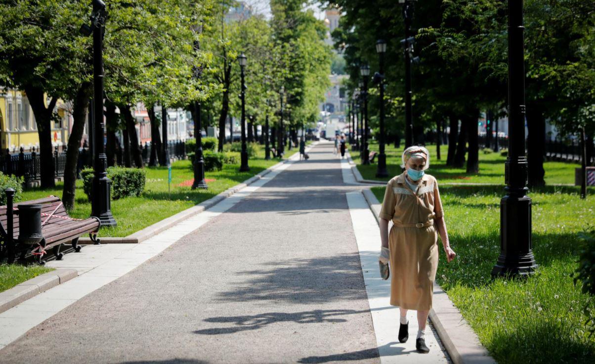 79 viktima dhe 6,148 raste të reja me COVID-19 në Rusi