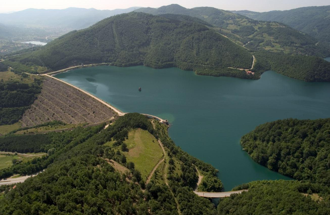 Zbulohet çfarë thotë marrëveshja Kosovë-Serbi për liqenin e Ujmanit