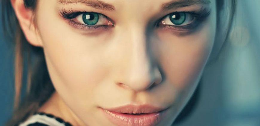 4 arsye pse njerëzit me sy jeshil janë unikë!