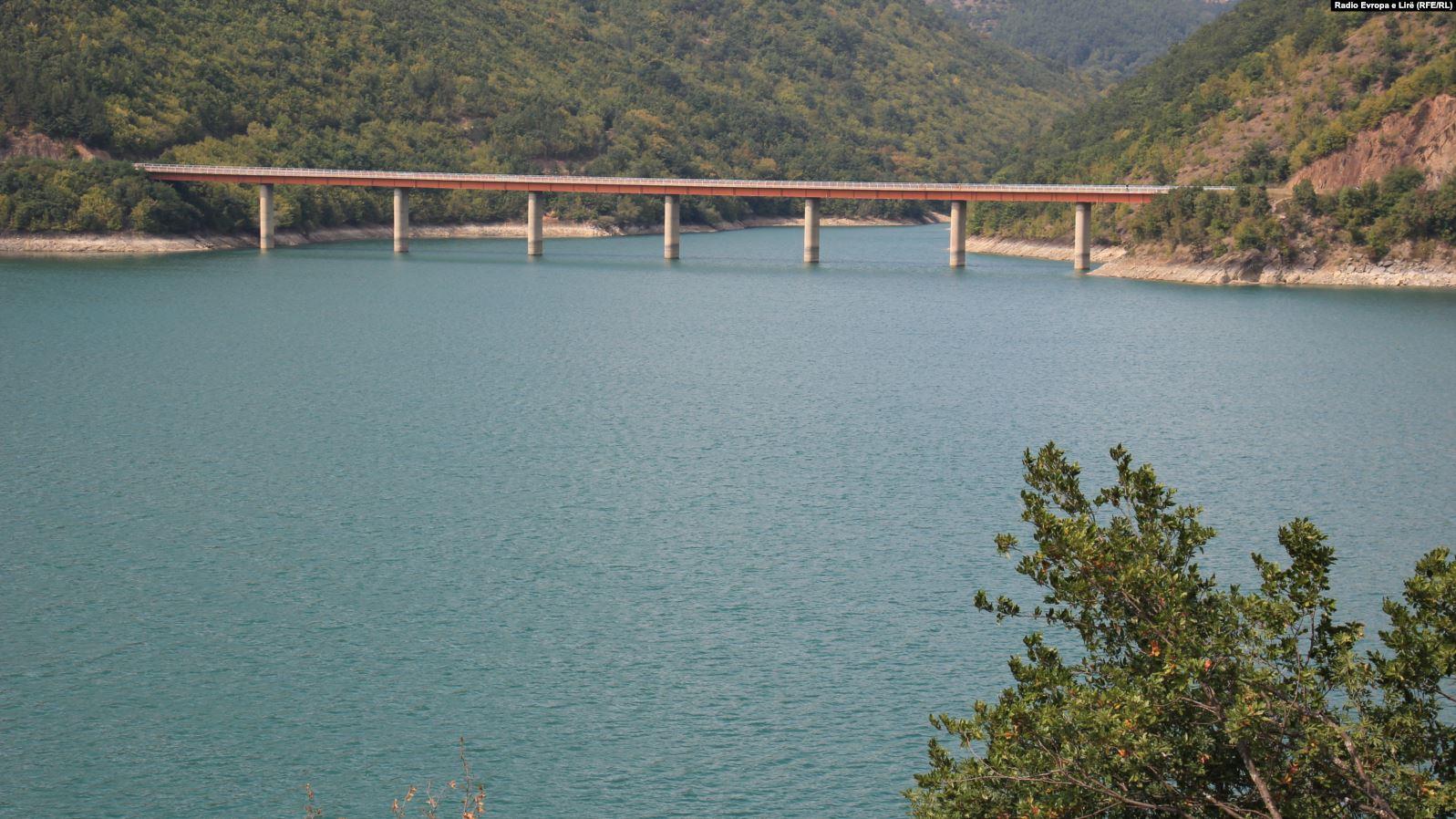 """Liqeni i Ujmanit """"molla e sherrit"""", si do të përdoret në mënyrë të përbashkët nga Kosova dhe Serbia?"""