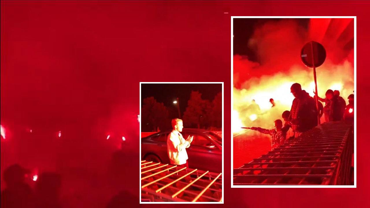 "VIDEO/ Flakadanë e serenata, Amsterdam ""zjarr"" prej Van de Beek"