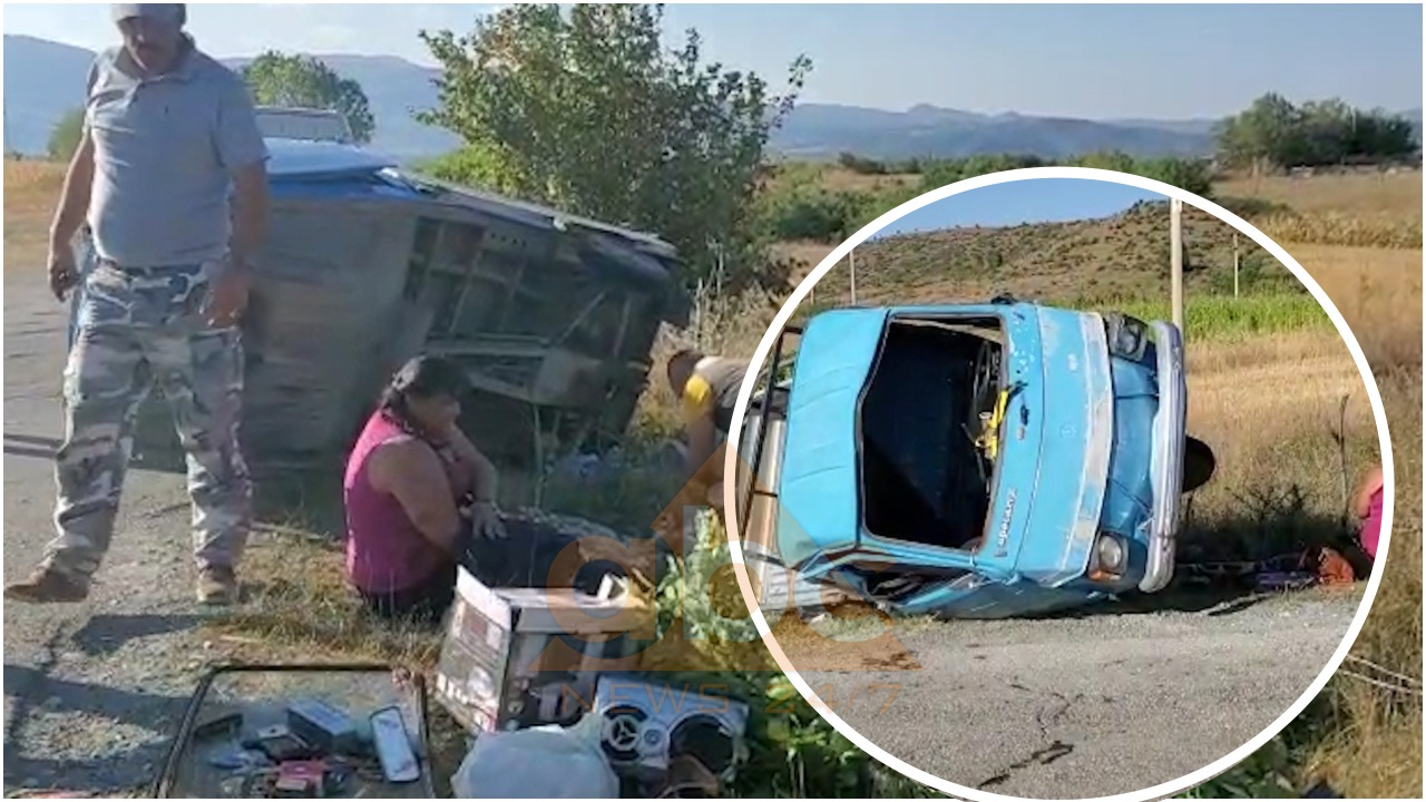 Ngarkuar dhe me dy pasagjerë, triçikli del nga rruga në Korçë, dy të lënduar
