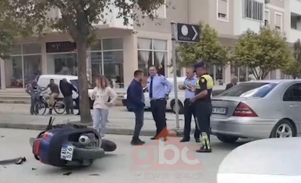 """Godet """"Benz""""-in nga pas, plagoset rëndë drejtuesi i motorit në Berat"""