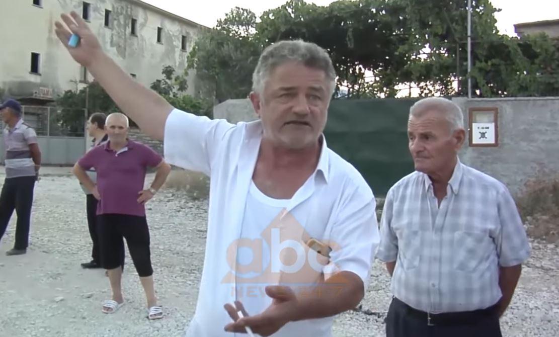 """3 km larg qytetit të Gjirokastrës, rruga në lagjen """"Zinxhira"""" në mëshire të fatit"""
