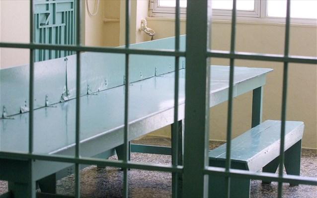 VIDEO/ Parandalohet përpjekja masive e shqiptarëve për arratisje nga burgu i Korfuzit