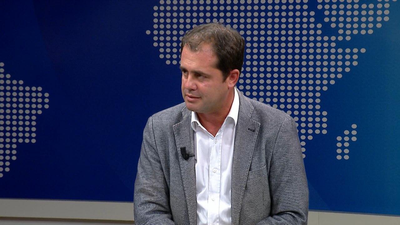 """""""Ndërkombëtarët arma e opozitës?"""" Bylykbashi: Propozimi i PS për lista të hapura, gënjeshtër"""