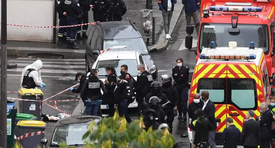 Sulmi me thikë në Paris, autori kishte si qëllim t'u vinte flakën ish-zyrave të satirikes Charlie Hebdo