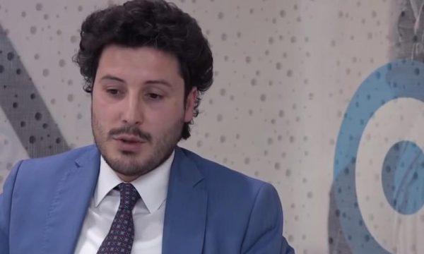 Abazoviç flet për problemet në krijimin e qeverisë së re, thotë se Kisha Serbe pati ndikim në zgjedhje