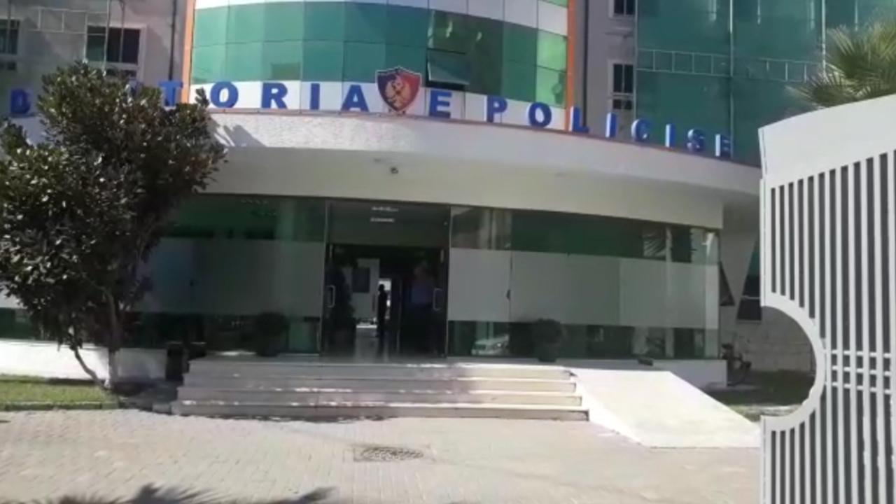Arrestohet i mituri në Durrës, u kap duke vjedhur lokalin
