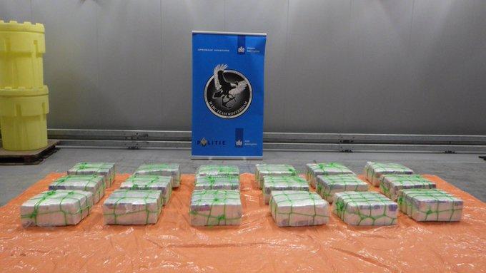 Të fshehura brenda këpucëve dhe me destinacion Zvicrën, kapen 600 kg kokainë në Holandë
