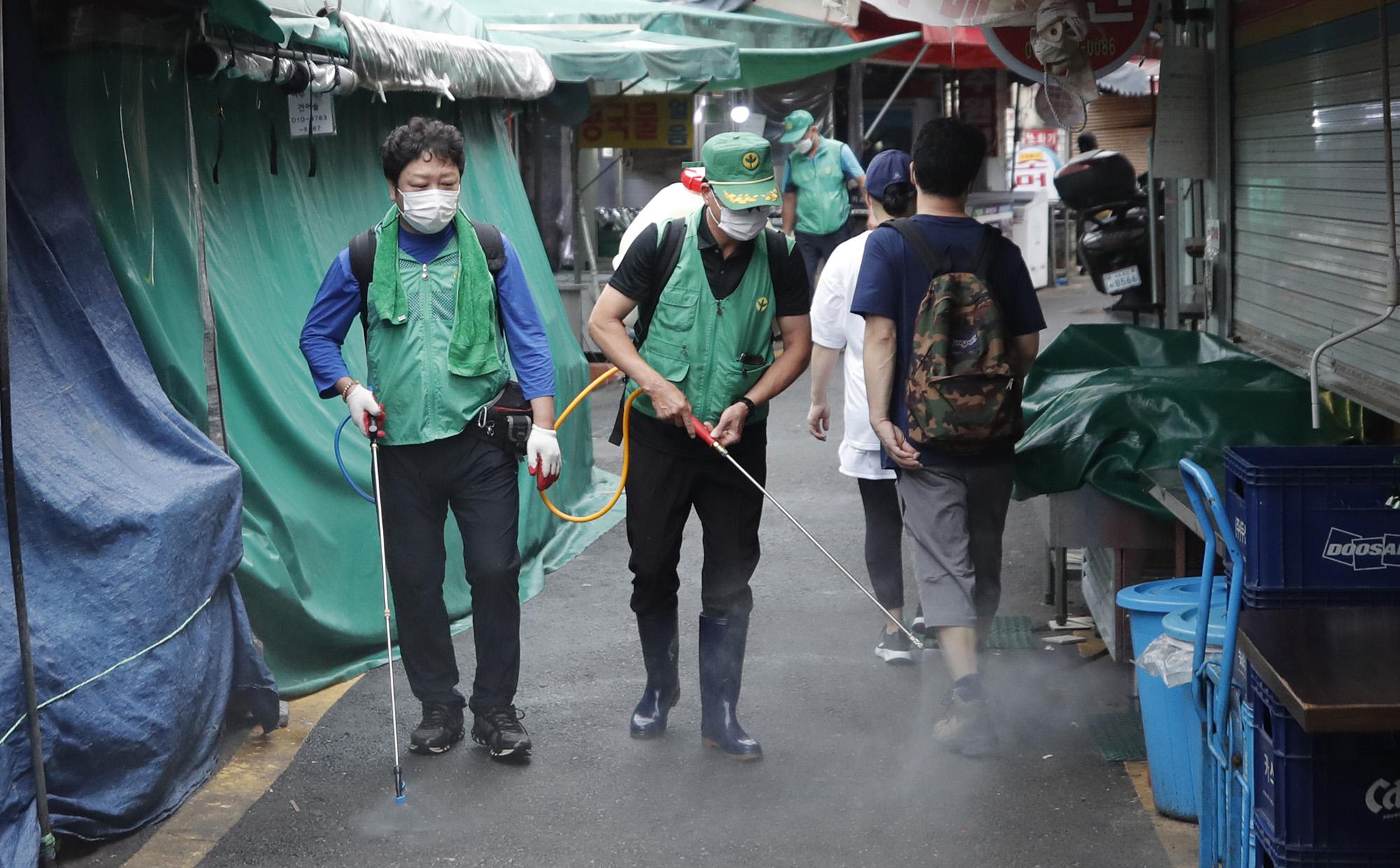 COVID-19/ Koreja e Jugut raporton ulje të rasteve ditore në më shumë se dy javë