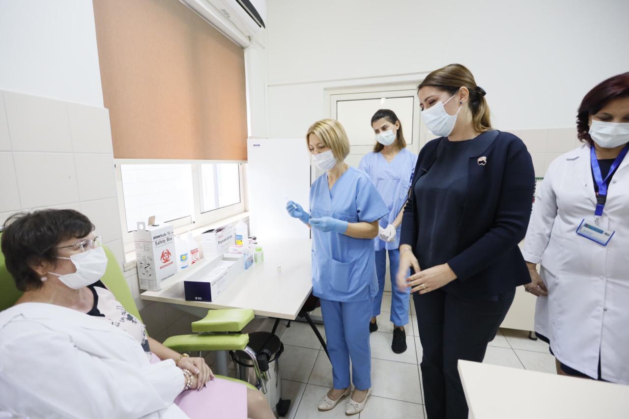 Vaksinimi kundër gripit, Manastirliu: Kemi siguruar 368 mijë doza, falas për grupet e rrezikuara