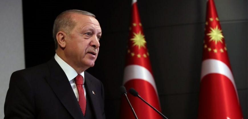"""""""Gazeta greke hapet me titullin """"F**k you Erdogan"""", Turqia ngre padi kundër drejtuesve të medias"""