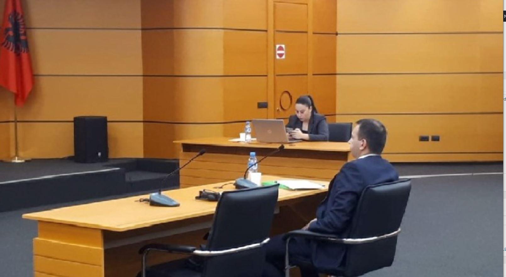"""Probleme me pasurinë, kryetari i Gjykatës së Fierit """"ngec"""" në vetting"""