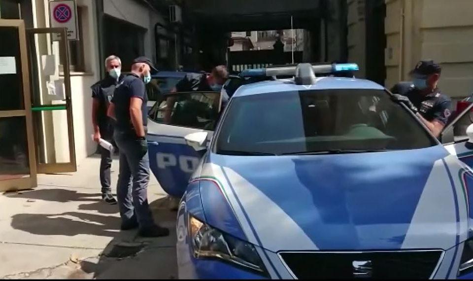 """Operacioni """"Los Blancos"""" arreston edhe dy shqiptarë në Greqi, koordinonin trafikun e kokainës"""