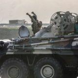 Luftimet në ditën e dytë, Azerbajxhani dhe Armenia pajisen me artileri të rëndë