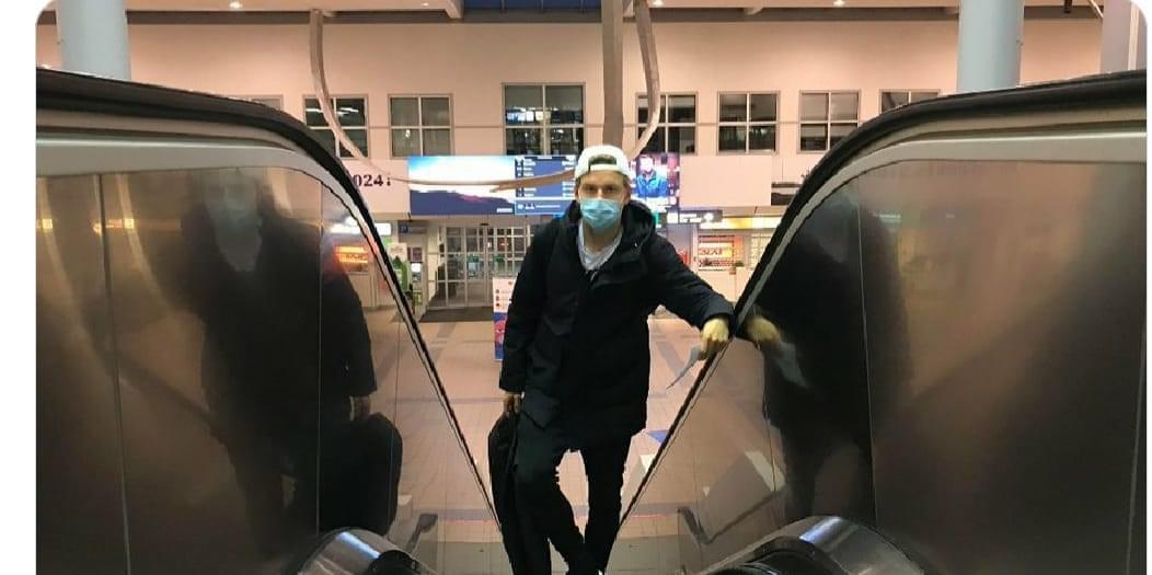 Hauge nga aeroporti: Gati për Milanin, mezi po pres të luaj me Ibrën