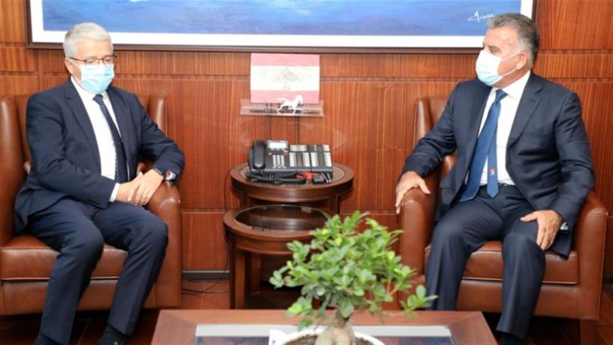 Lleshaj takon gjeneralin libanez, kërkon ndihmë për shpëtimin e fëmijëve shqiptarë në Siri