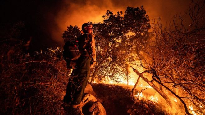 """""""Ndryshimi i klimës, goditje për zjarret në SHBA"""""""