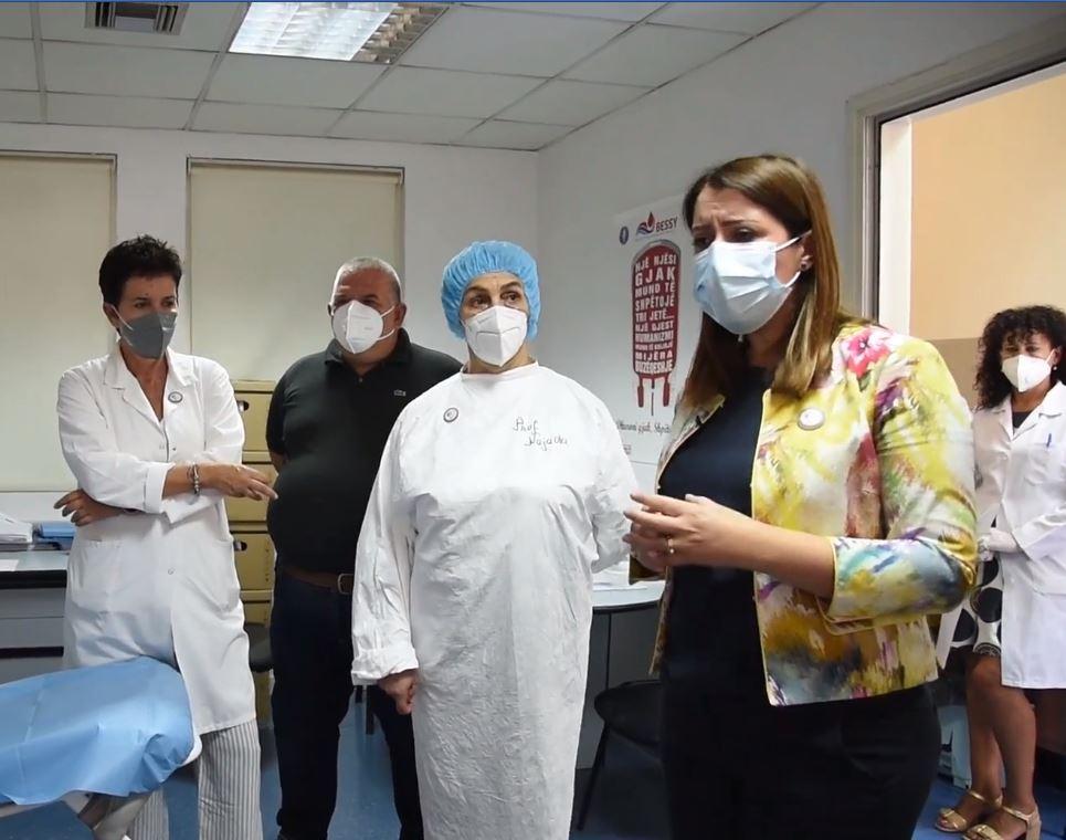Situata në spitalet Covid, Manastirliu tregon sa pacientë po trajtohen me plazmë