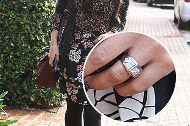 Fejohet këngëtarja: Si më propozoi partneri me unazën prej diamanti