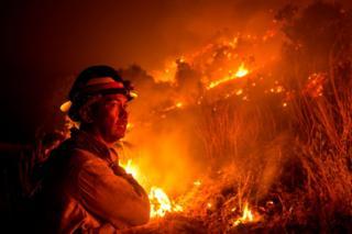 Zjarret në Kaliforni, ekspertet: Ndikon ngrohja globale