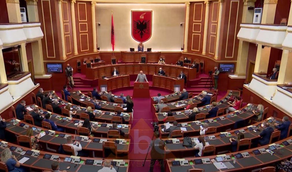 """Parlamenti nis të hënën, """"urgjencë"""" zgjedhja e KQZ-së dhe reforma zgjedhore për hapjen e listave"""