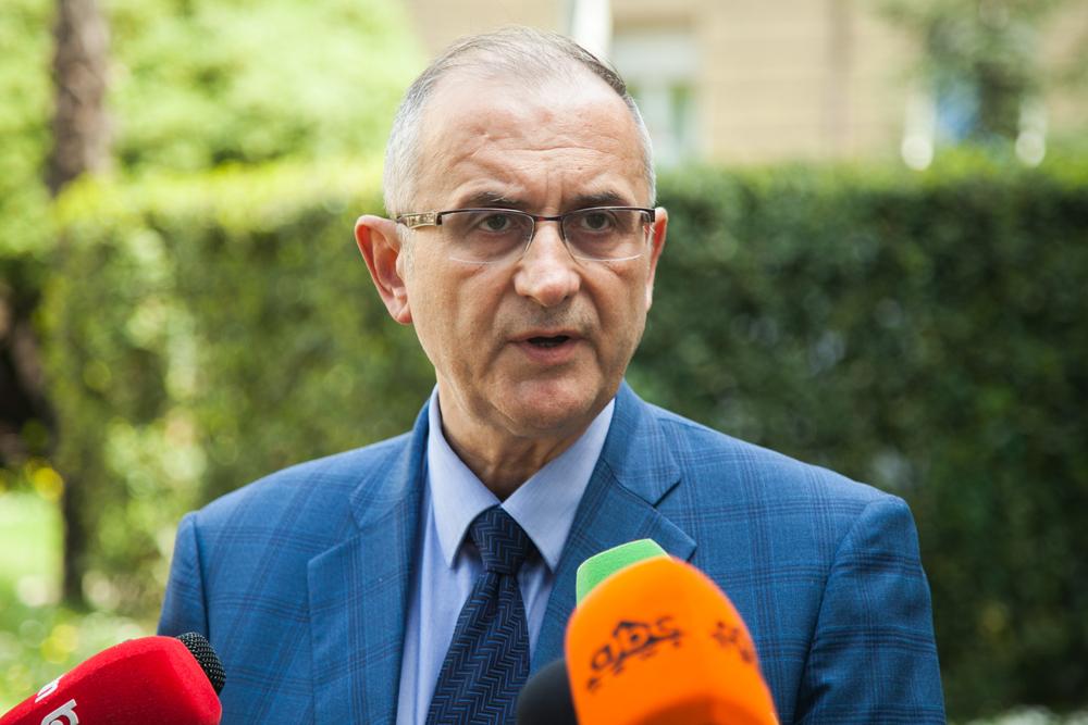 """""""Një organizëm seksual"""": Vasilit i shpëton goja pas mbledhjes së Këshillit Politik"""