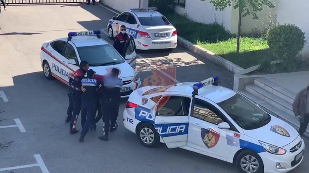 Vodhi para në kompani, arrestohet bashkëpronarja 51-vjeçare në Tiranë
