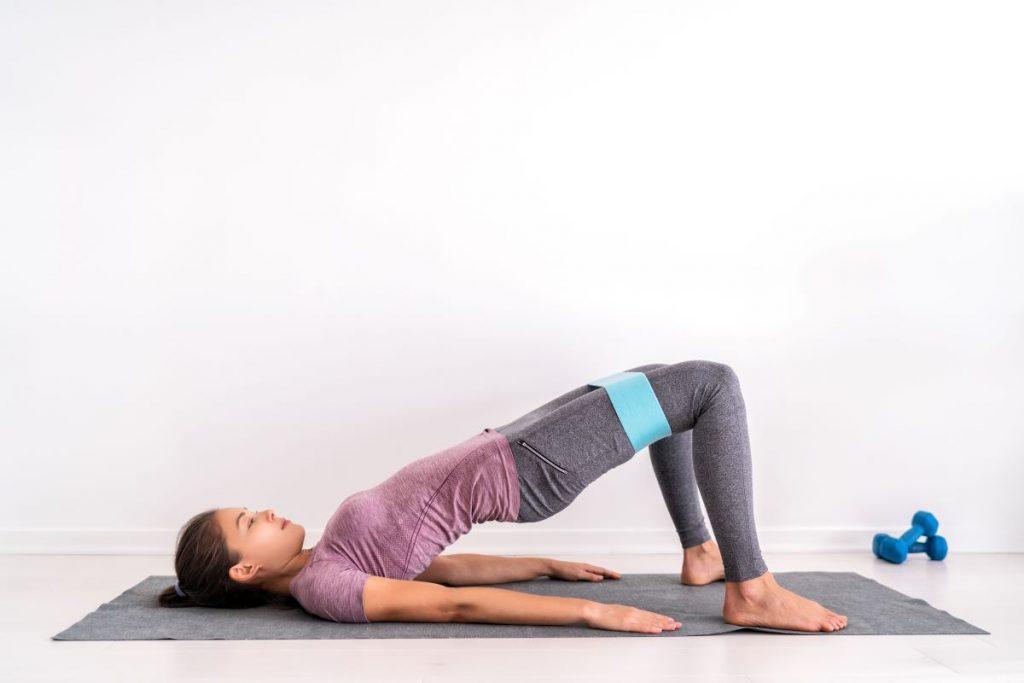 """Vetëm katër minuta në ditë, ky ushtrim bën """"mrekulli"""" për muskujt e trupit tuaj"""