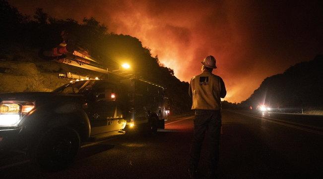 Zjarret në Kaliforni, evakuohen mijëra persona