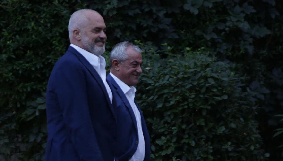 Socialistët në humor, Ruçi si rrallë herë i qeshur, Rama batuta me gazetarët