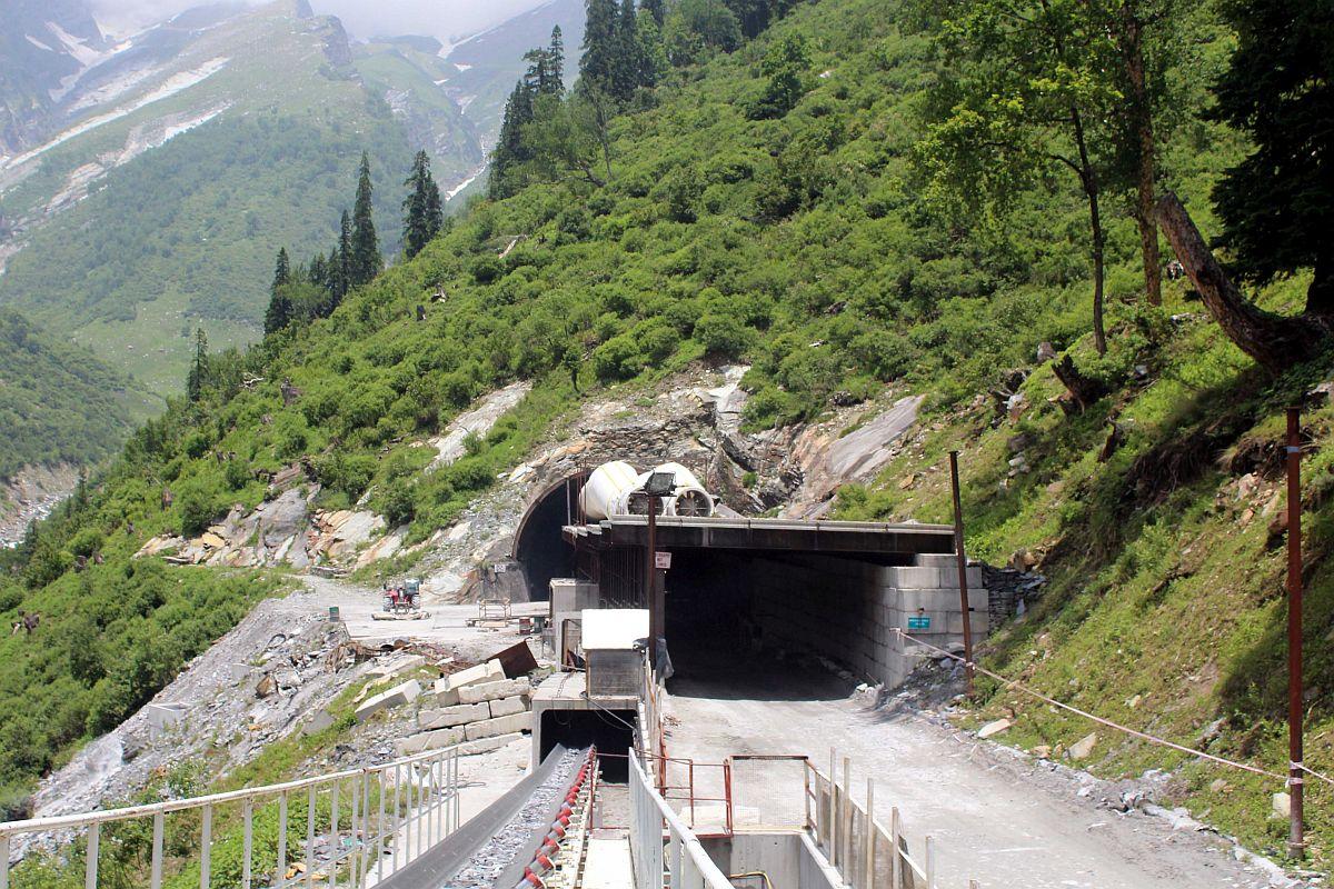 Pas plot 10 vitesh punë, tuneli më i lartë në botë përgatitet për hapjen përfundimtare