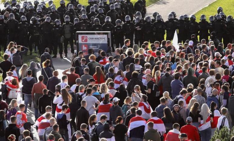 Rusia akuza ndaj Uashingtonit: Po mbështet revolucionin në Bjellorusi