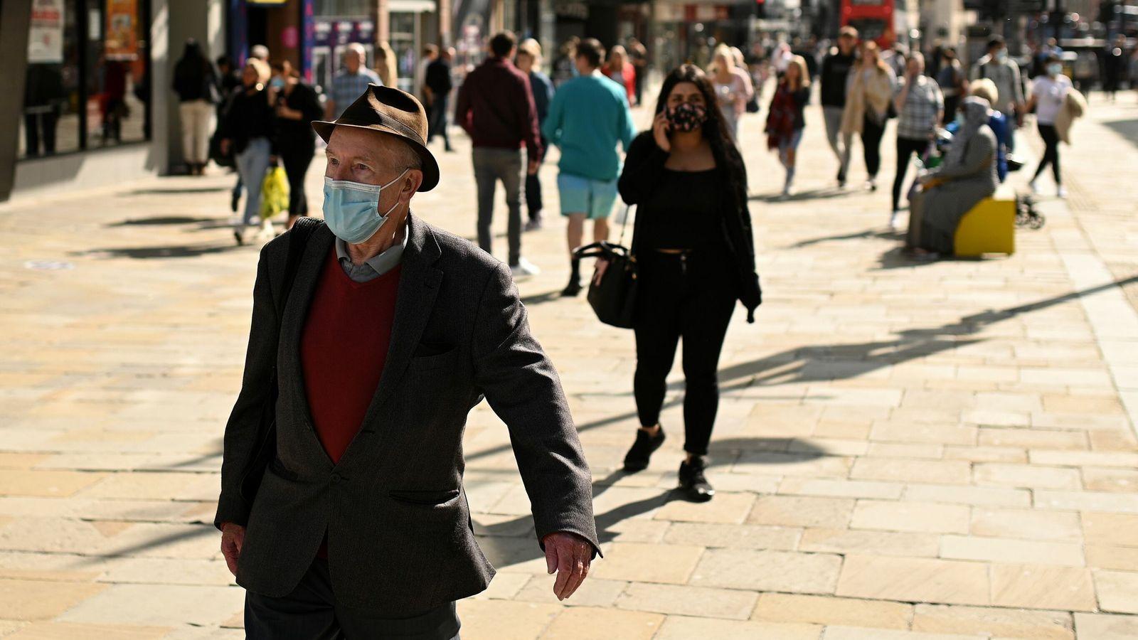 Covid-19/ Shkencëtarët britanikë rekomandojnë bllokim të dytë kombëtar në tetor