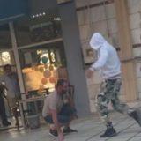 E qëlloi me armë pastaj i kërkoi të shtrihej, pamje të rënda nga Selaniku