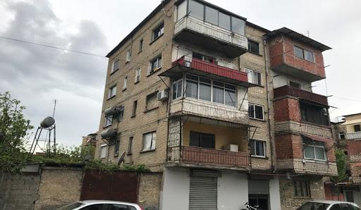 U dëmtuan nga tërmeti, Bashkia e Tiranës merr vendimin për shembjen e pallateve në Kombinat