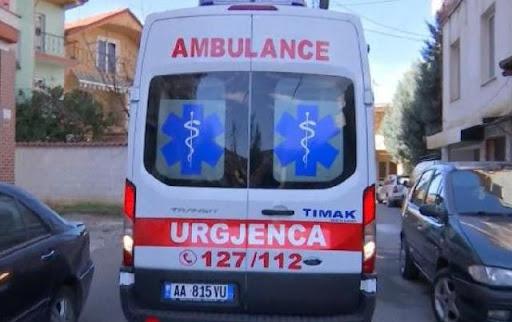 E rëndë, pret damarët, humb jetë 22 vjeçari në Tiranë