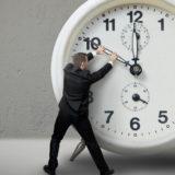 Kur ndryshon ora këtë vjeshtë dhe si lëvizin akrepat