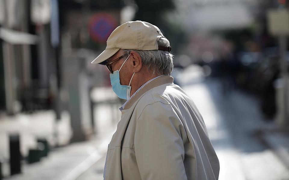 Shifra të larta të infektuarish me Covid në Greqi, pritet zgjerimi i masave kufizuese