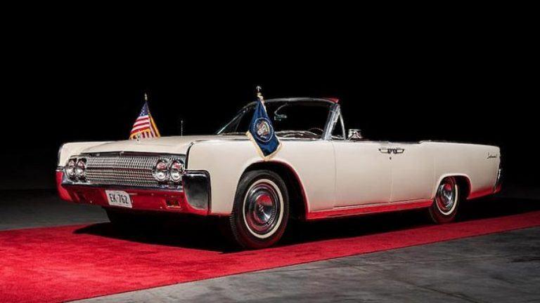 E përdori në ditën e vrasjes, shitet në ankand makina e John F. Kennedy
